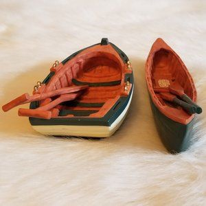 Row Boat and Canoe WIth Paddles Resin Detailed